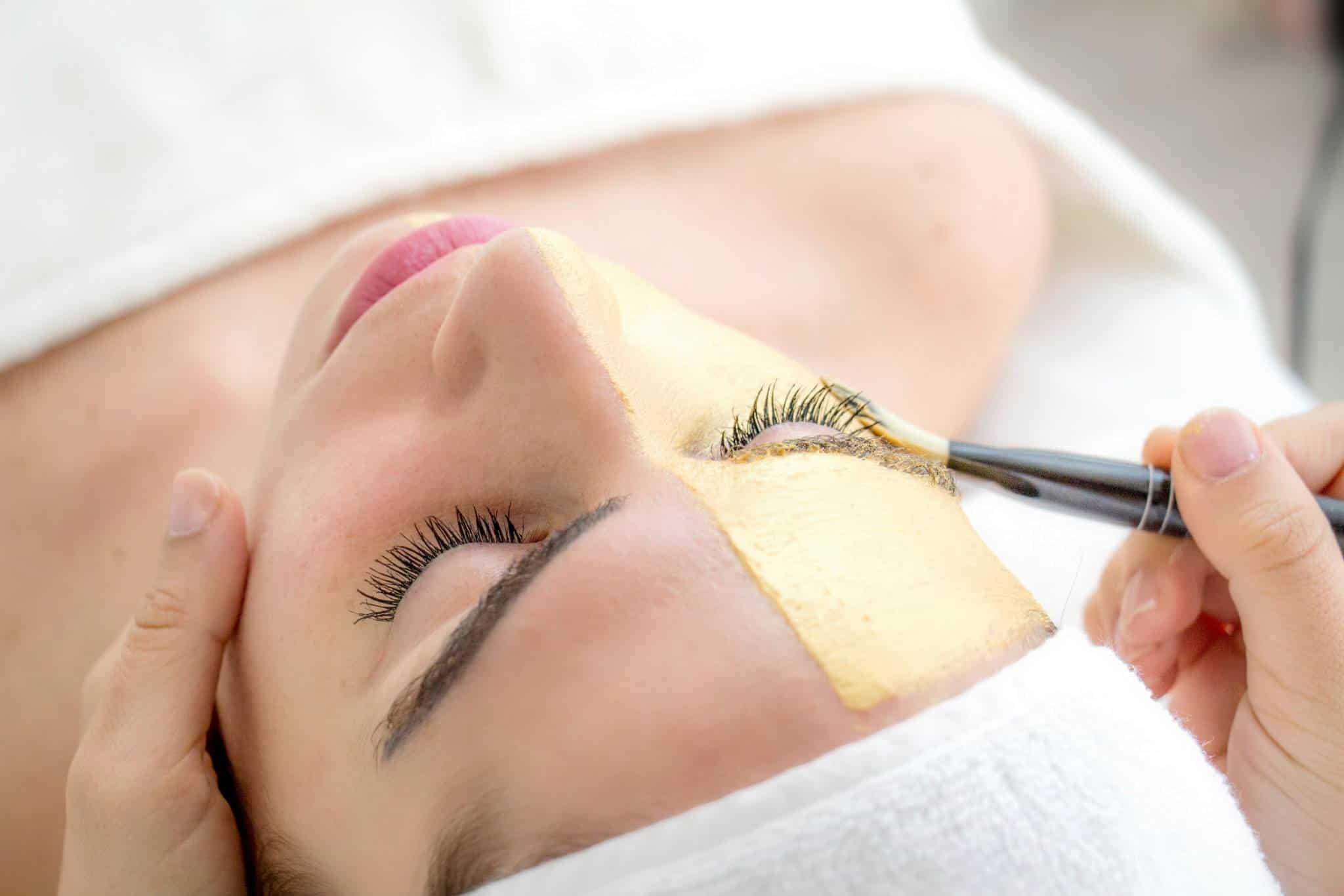 טיפול פנים אקספרס 4 טיפול פנים אקספרס